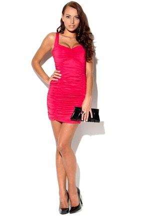 Cerise farvet kjole fra Bubbleroom